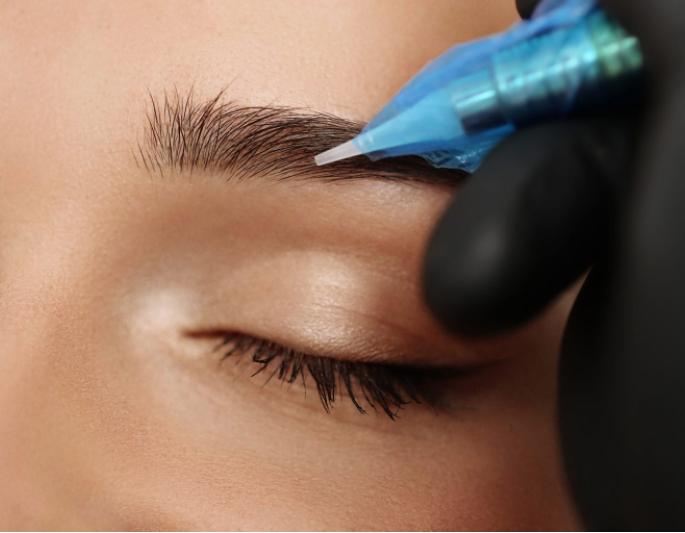 Micropigmentación cejas Aluche